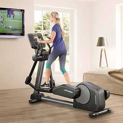 ClubSeriesPlus Cross Trainer inRoom
